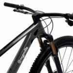 letterkit-social-lettere-simboli-adesivi-applicazione-telaio-bici
