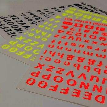 letterkit social rosso fluo giallo fluo nero bianco gamma colori