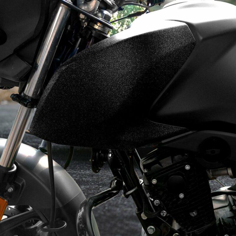 Pellicola adesiva per wrapping black diamond applicazione moto