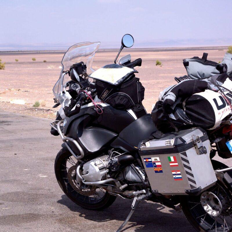 Adesivi Bandiere Flag Ride Tour per Bauletti Moto applicazione moto