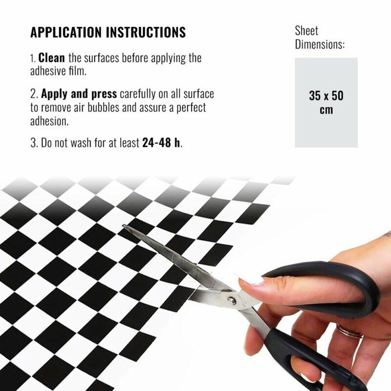 Pellicola adesiva scacchi bianco e nero dimensioni e istruzioni