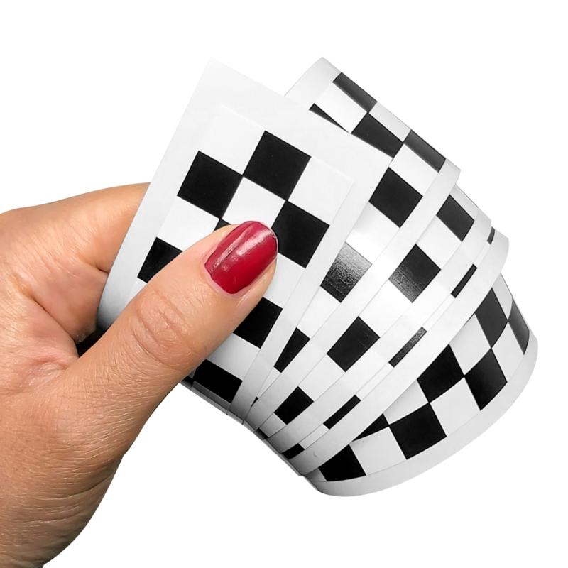 striscia adesiva scacchi 3 cm bianco nero per moto auto