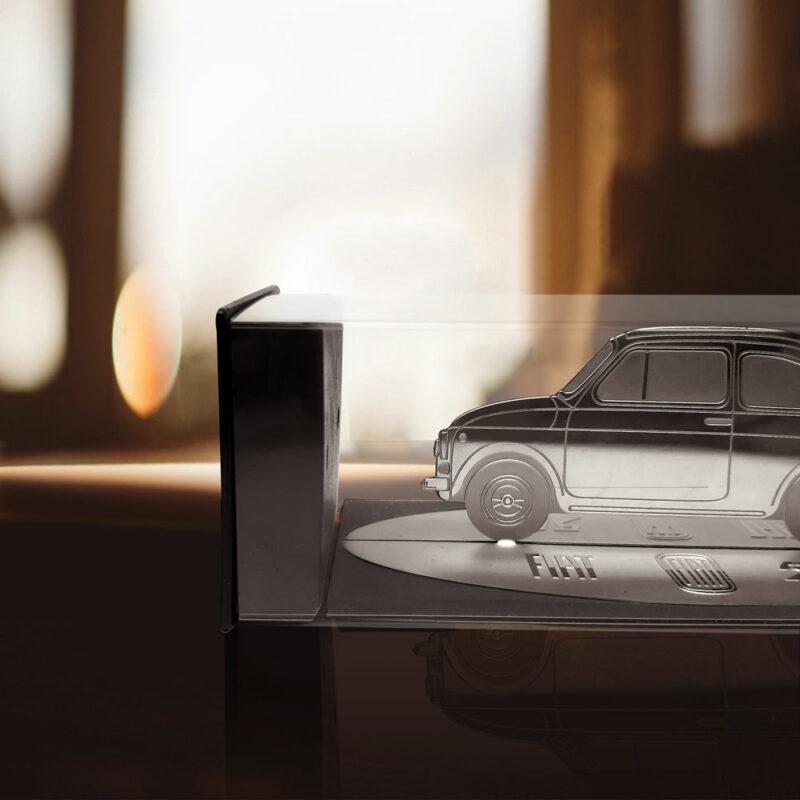 Modellino sagoma incisa in acciaio, Fiat 500 Vintage, ambientazione
